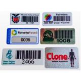 etiqueta adesiva personalizada com código cotar Jockey Club