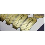 qual o valor de etiqueta metálica adesiva Vila do Bosque